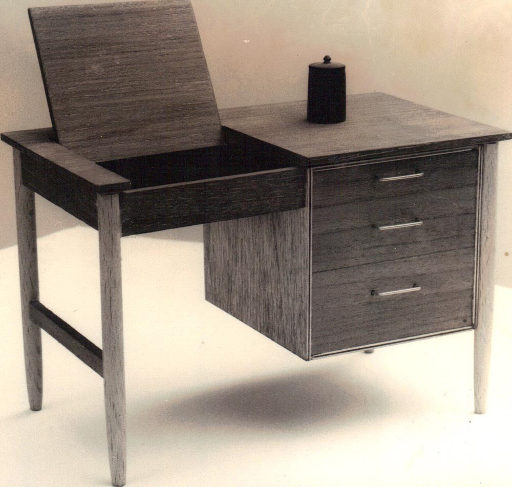 #10 Kingston student_desk copy